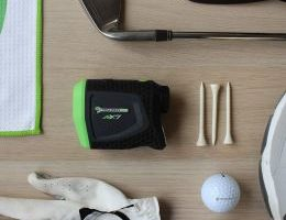 gift ideas for people who love to golf - featured image